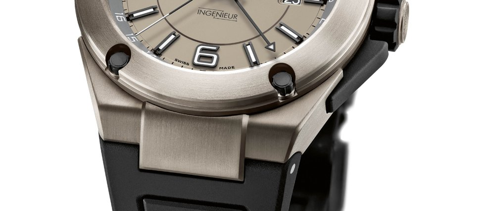 Ingenieur Dual Time Titanium Closeup